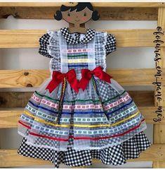 Vestido de caipi Girls Spring Dresses, Flower Girl Dresses, Toddler Dress, Baby Dress, Cute Girl Outfits, Kids Outfits, Dior Kids, Dress Anak, Frocks For Girls