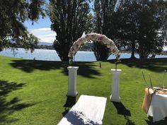 Lake Wanaka, Unique Flowers, Wedding Flowers, Arch, Bouquet, Roses, Bloom, Ideas, Longbow