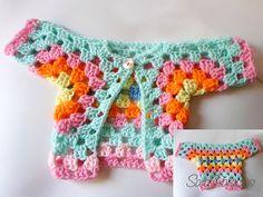 Sweet one piece baby jacket: free #crochet pattern by Sara Palacios