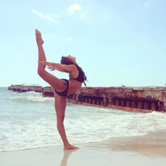 such a cool pic!!! if I could do this I WOULD!! just saying the word FLORIDA makes me feel like this
