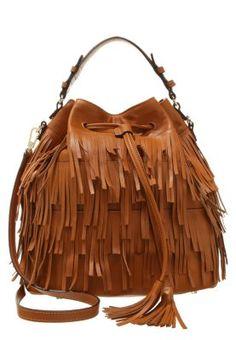 Ein bisschen erinnert uns diese Handtasche ja irgendwie an Chewbacca - was dem Coolness-Faktor keinen Abbruch tut! Wenn man genau hinsieht, erkennt man nämlich, was für eine Qualität in dieser erstklassigen Handtasche steckt: Echt Leder, 30 cm hoch und lang und One Size. Cooler kann eine Handtasche kaum sein!