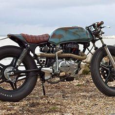 #TBT where it all started.. #no.1 #ingloriousmotorcycles #honda #cb400 #caferacer #croig #hotrod #firestones #retroracer #blackshuckkustom