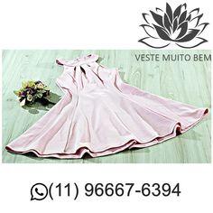 Vestido de Crepe Godê R$ 9900 (somente loja física) #vestemuitobem #moda #modafeminina #modaparameninas #estilo #roupas #lookdodia #like4like #roupasfemininas #tendência #beleza #bonita #gata #linda #elegant #elegance #jardimavelino