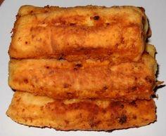 Najbrže piroške 300 g svježeg sira ili fete 2 jajeta 2 dl jogurta 1 kašičica soli 1 prašak za pecivo 450-500 g brašna Ulje za prženje