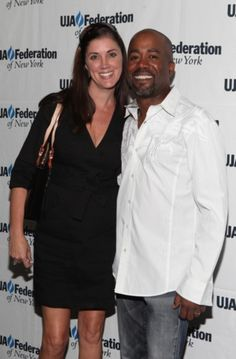 Who is singer Darius Rucker's wife/girlfriend? Is he dating someone? Is he married? Photos and pictures of Darius Rucker's girlfriend/wife?