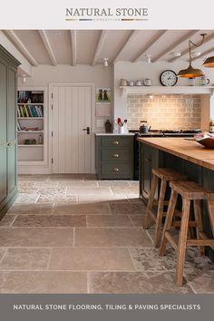 Open Plan Kitchen Living Room, Kitchen Dining Living, Kitchen Room Design, Home Decor Kitchen, Rustic Kitchen, Interior Design Kitchen, Home Design, Home Kitchens, Country Kitchen Ideas Farmhouse Style