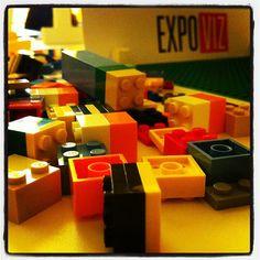 Expoviz vous permet d'expérimenter la data viz avec des lego !