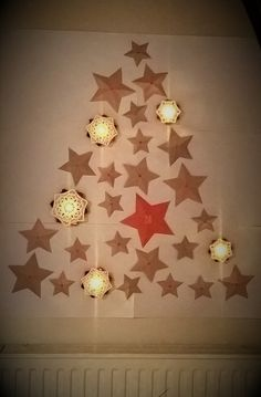 Calendrier de l'Avent Sapin d'étoiles en papier