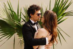 Pentru cuplurile care inca nu au gasit acea fotografie care sa le spuna ceva si chiar si pentru cei care au gasit-o insa nu stiu ce urmeaza in continuare, am intrebat o parte dintre fotografi de top din Romania despre primii pasi pe care ar trebui sa ii faca cupluri atunci cand pornesc in cautarea fotografului de nunta perfect pentru ei. Wedding Vendors, Wedding Blog, Instagram Feed, Are You Happy, Wedding Inspiration, Couple Photos, Couples, Thursday, Films