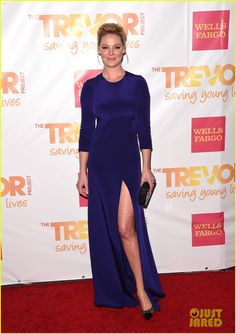 Katherine Heigl in a Kaufman Franco dress, Jimmy Choo heels, Rauwolf clutch, Graziela Gems earcuff, As29 ring and EF Collection ring.