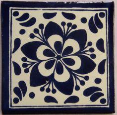 90 4 x 4 cerámicas mexicanas Talavera pintados a mano. Nota: El artículo es costumbre hecha para usted por un artesano en México. Se enviará tu artículo en menos de 10 días. Fedex envío doméstico con puerta a seguimiento puerta de Texas. (90tmb63)