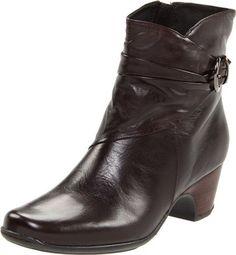 Clarks Women's Leyden Crest Boot Clarks, http://www.amazon.com/dp/B004HFALFI/ref=cm_sw_r_pi_dp_xQE7qb0P1HR6B