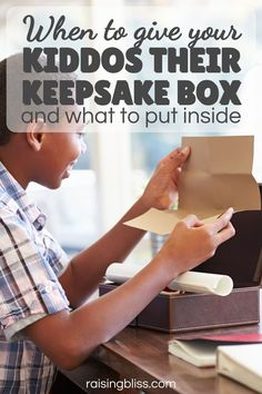 Babies grow fast, and keeping a baby memory box will help preserve the memories and reminisce. But what do you put in a baby keepsake box? How do you not go overboard? In this post, you will find tips and a list of ideas for your baby's time capsule box. This article also explains what a baby keepsake box is, what box to use, and when to give the memory box to your grown child. raisingbliss.com Parenting Toddlers, Parenting Ideas, Baby Keepsake, Keepsake Boxes, Overwhelmed Mom, Child Behavior, Quotes About Motherhood, Baby Memories, Happy Mom