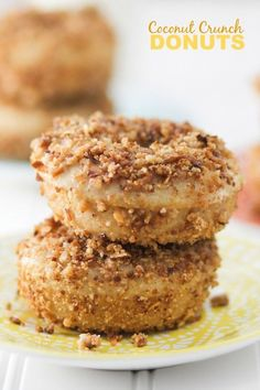 These Coconut Crunch donuts are the perfect treat to start off your day! I don't know if you know this about me, but I love donuts. We are ta Baked Donut Recipes, Baked Doughnuts, Keto Recipes, Keto Donuts, Donuts Donuts, Easy Recipes, Keto Desserts, Dessert Recipes, Homemade Donuts