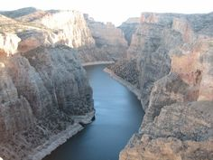 MT & WY:      Bighorn Canyon National Recreation Area -  Pictured is  Canyon view of South District
