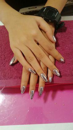 Croome nails
