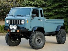 Vintage Trucks Unveiled at last year's Easter Jeep Safari, the rugged aesthetics of this off road machine were inspired by the classic Jeep Forward Control and models. Jeep Pickup, Jeep 4x4, Jeep Truck, Pickup Trucks, Jeep Concept, Concept Cars, Cool Jeeps, Cool Trucks, Muscle Cars