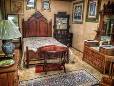 Finders Keepers Springfield Is A 9 000 Square Foot Two Floor Located In The