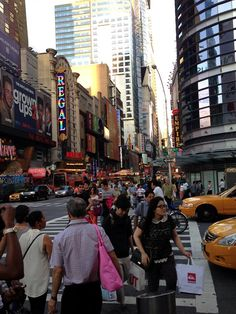 Het is altijd druk op 42nd Street