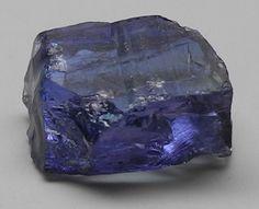 images/facet-rough/tanzanite-07022014-2-1.jpg.jpg