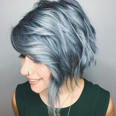 From pastels to silver. this girl slays every colour silver hair gunmetal grey (Hair Color Pastel) Hair Color Blue, Cool Hair Color, Hair Colors, Silver Color, Blue Gray Hair, Green Hair, Silver Ombre, Grey Ombre, Gray Color