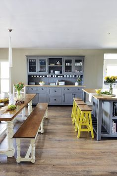 Yellow Grey Family Kitchen/ not benches for indoor table, but fun color combinations Family Kitchen, New Kitchen, Kitchen Dining, Kitchen Decor, Dining Area, Kitchen Walls, Kitchen Ideas, Dining Room, Dining Table