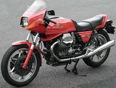 Motoguzzi 850 LeMan III I think this is the sexiest year and it's not because I have one!!!