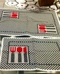 Bordado em tecido xadrez - Jogo Americano (Detalhes sobre o bordado... Visitar)