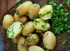 Potato Salad, Potatoes, Vegetables, Ethnic Recipes, Food, Potato, Essen, Vegetable Recipes, Meals