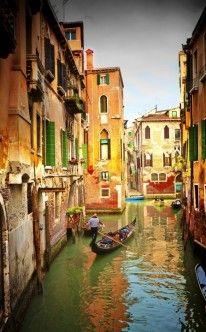 Gondelfahrt in Venedig - perfekt für den Antrag