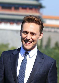 Tom Hiddleston. Via allthehiddlethings.tumblr.com
