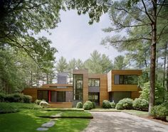 Kettle Hole House, New York by Robert Young  Photograph by Frank Oudeman