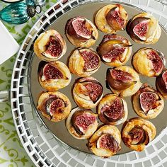 Fig and goat's cheese puffs