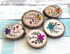 Wood Slice Crafts, Wood Burning Crafts, Wood Burning Art, Wood Crafts, Wood Plank Art, Wood Art, Diy Art Projects Canvas, Diy Crafts To Do, Wood Circles