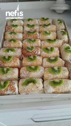 How to make a single roll cake recipe? Here is a pictorial description of the Single Roll Cake Recip Turkish Recipes, Food Cakes, International Recipes, Popular Recipes, No Bake Desserts, Pie Recipes, Easy Dinner Recipes, Biscuits, Food And Drink