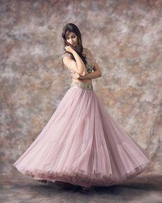 Bridal Gowns Pink Blush Wedding Dresses Ideas For 2019 - Bridal Gowns Pink Blush Wedding Dresses Ideas For 2019 Source by lavannys - Lehenga Choli Designs, Indian Wedding Outfits, Indian Outfits, Wedding Dresses, Indian Designer Outfits, Designer Dresses, Pakistani Dresses, Indian Dresses, Bridal Lehenga