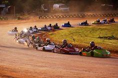 Kart racing at its finest Go Kart Racing, Dirt Track Racing, Go Kart Chassis, Nascar, Formula 1, F1 Motor, Racing Quotes, Karts, Kyle Busch