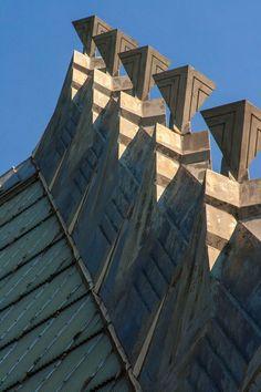 Did Frank Lloyd Wright Design a Synagogue?: Symbolic Crockets