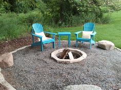 Simple and Modern Tricks: Unique Fire Pit Wood Burning simple fire pit beautiful. Small Fire Pit, Modern Fire Pit, Fire Pit Wall, Fire Pit Area, Landscaping Along Fence, Backyard Landscaping, Landscaping Ideas, Backyard Patio, Cozy Patio