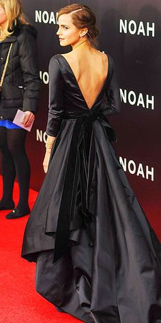 Oscar de la Renta's Most Showstopping Red Carpet Moments   EMMA WATSON   At the N.Y.C. Noah premiere in 2014