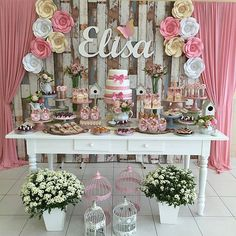 Festa Jardim🍃🌹🌼🍃Pic via - Decor . Baby Shower Centerpieces, Baby Shower Favors, Baby Shower Parties, Baby Boy Shower, Baby Shower Invitations, Baby Shower Gifts, Bridal Shower, Baby Birthday, Birthday Parties