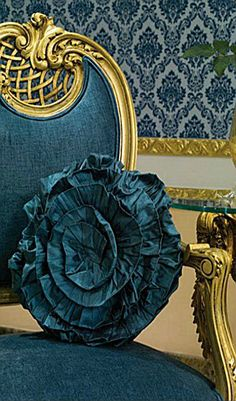 ~ Living a Beautiful Life ~ Gold Gilt and a Deep Teal Teal And Gold, Teal Blue, Aqua, Color Blue, Shades Of Turquoise, Shades Of Blue, Turquoise Room, Rococo Chair, Luis Xiv