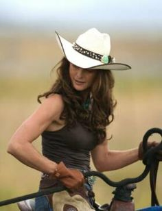 Real Cowgirl's aren't afraid to get in the saddle!  #western #cowgirl #roping