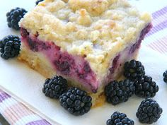 Blackberry Pie Bars from From Sugar Cookies to Peterbilts.  They look amazing! #recipes #dessert