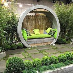 33 The Best Urban Garden Design Ideas For Your Backyard - - Small Backyard Landscaping, Backyard Garden Design, Patio Design, Landscaping Ideas, Backyard Privacy, Balcony Garden, Pergola Ideas, Garden Plants, Gravel Garden