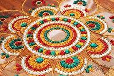 Celebrate the festival of Diwali by stunning Rangoli designs and make your house look colorful. Find creative unique Rangoli designs ideas at Motherszone. Diya Rangoli, Rangoli Ideas, Indian Rangoli, Rangoli Designs Diwali, Rangoli Designs With Dots, Beautiful Rangoli Designs, Traditional Rangoli, Traditional Art, Diwali Inspiration