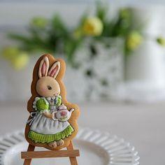Easter bunny cake. Masterpiece.