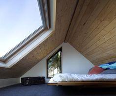 "prefabnsmallhomes: ""The Thurston Studio, Wellington, New Zealand by Architect Cushla Thurston. Attic Bedroom Designs, Attic Design, Attic Rooms, Attic Spaces, Loft Room, Bedroom Loft, Casa Loft, Inside Home, Attic Renovation"