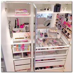 23 Ideas for makeup storage ikea pax wardrobe Vanity Organization, Organization Hacks, Organizing, Storage Organizers, Armoire Pax, Rangement Makeup, Make Up Storage, Storage Ideas, Storage Trunk