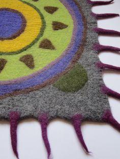 Felt rug, rug natural, wool rug, modern décor, geek décor, Mexican décor, purple…